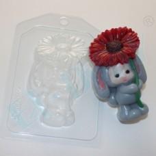 Зайка-малыш с цветком, форма для мыла