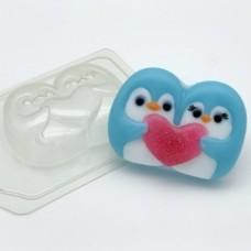 Пингвины парочка с сердцем, форма для мыла